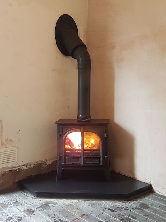 Stockton 8 with external flue system